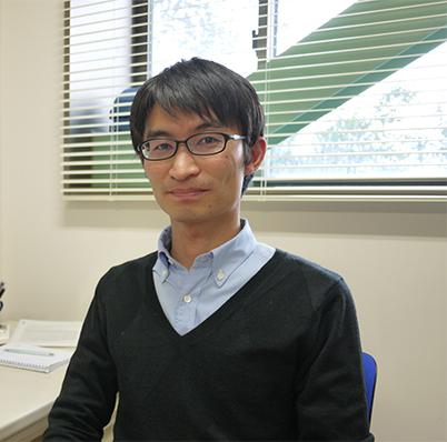 顔写真:岡本 暁