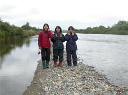 五泉市早出川での河川植生調査実習