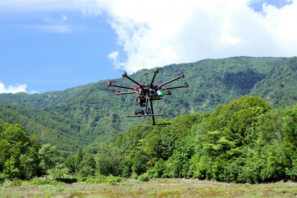 UAV(ドローン)を用いた空撮